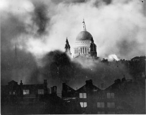 Herbert Mason's photo of a wartime St Pauls' Cathedral (Imperial War Museum non-commercial licence)